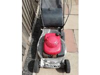 "HONDA HRD 535 LAWNMOWER, 21"" CUT WITH REAR ROLLER, STARTS / RUNS / DRIVES."