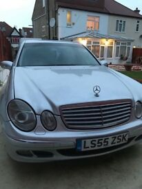 Mercedes e class 220, lovely good looking car, in a good condition.