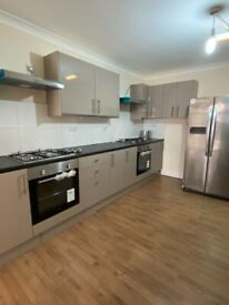 NEWLY REFURBISHED DOUBLE ROOMS FOR SINGLE PROFESSIONALS IN HOUNSLOW WEST