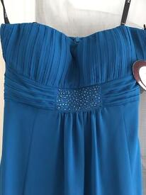 Size 8 Vera Mont evening gown never been worn open to offers