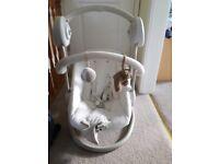 Mama's & Papa's Swinging /lullaby chair