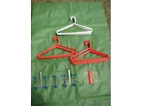 18 Large Plastic Clothes Hangers, slide-on metal coat hook rail and tie rack for ONLY £4.00