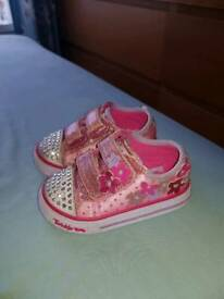 Sketches twinkletoes infant size 4 light up shoes