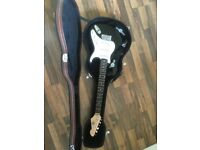3/4 Electric Guitar with shoulder strap, Hard Band Case, Amp & Music Book Stand suitable for Kids