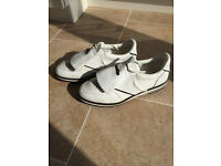 Men's white golf shoes