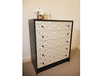 HONEYCOMB chest of drawers