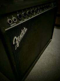 Fender fm212r twin amplifier with foot switch for drive and channel.very loud!!!!! GREAT PRICE