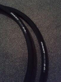 Giant S-R4 25C x 700 tyres NEW