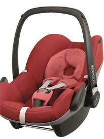 Maxi cosy cabriofix Red Car seat with isofix base