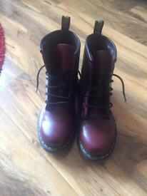 Dr Martens ladies/girls size 5 cherry red (burgundy) boots