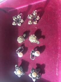 4 vintage earings