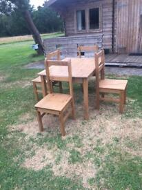 Dinning room Pine chairs x4