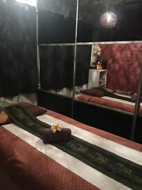 Thai massage 1 hr £35,by professional nice and friendly in Chester.Ch15Dp.parking in front