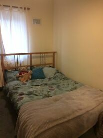 Furnished double room in 4 person house share in a semi-detached property available ASAP