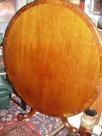a victorian style breakfast 5 ft circular table crossbanded top