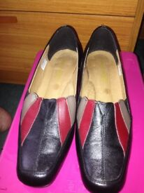 Pediconfort Daxon Ladies Leather Shoes £3 only.