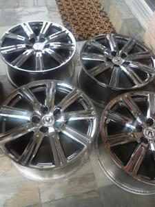 ACURA TL 19 INCH FACTORY OEM  ALLOY WHEEL SET OF FOUR  IN EXCELLENT CONDITION. NO SENSORS