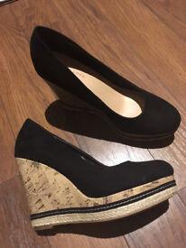Black suede wedges size 6
