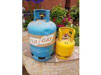 2 x FLO GAS Butane Gas bottles