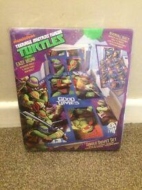 BRAND NEW Unopened Teenage Ninja Turtles single duvet cover and pillowcase set