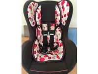Two car seats age 0-4 yrs can be sold together or seperate