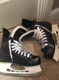 Ice hockey skates 6.5