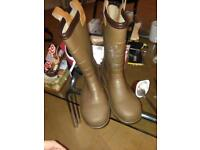 New groundwater wellies size8