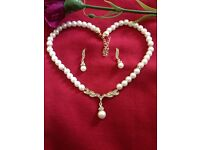 Classic Indian Bollywood Golden Pearl Jewellery