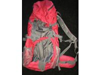EXC CONDITION CAMPING GEAR