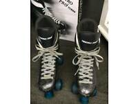 Roller skates/boots size 6. Boxed