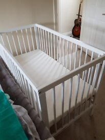 hardly used cot