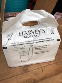 Harvey's Block Salt 6 x 2 blocks