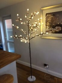 7ft frosted twig Christmas tree-never used
