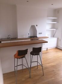 Bright and spacious 1 bed flat in great location