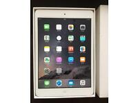 iPad mini 16GB Silver Immaculate condition boxed