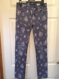 Johnnie B (Boden) 26L Girls Dark Blue Floral Jeans