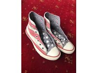 Stars and Stripes Converse size 4 - £5