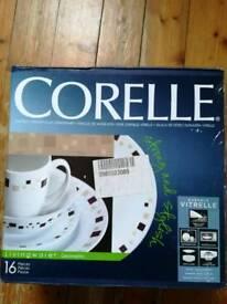 New Corelle dinner set 16 pieces