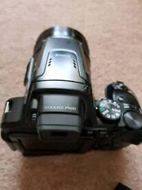 Nikon coolpix P900 83x superzoom camera