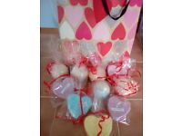 10 Large bath bombs in gift bag