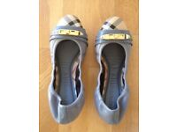 Burberry flat shoes/ballerina - size 35.5 - brand new in box