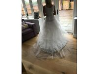 Unworn, brand new Chapel train multiple tier, multiple layer hooped wedding petticoat size 6-12
