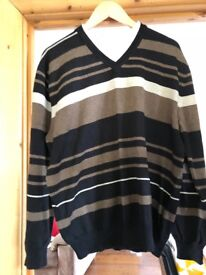 Mens Jumper size large