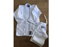 Blitz Judo suit with belt 140 cm VGC nearly new