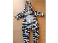 Fleece long sleeve sleep suits - zebra print with hood - Newborn