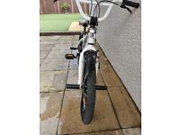 GT BMX SLAMMER 2012 WHITE.