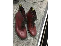 Doc martins like new men's size 12