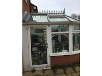Leaf CONSERVATORY good condition