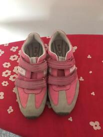 Benetton trainers size 7