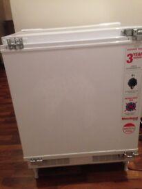 Integrated fridge